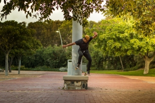 Nose Manual by Jonathan Toto in Cape Town